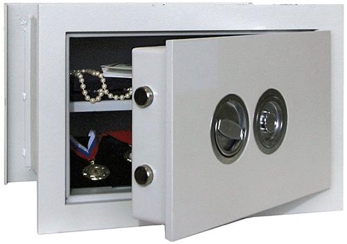 Какие сейфы лучше - с механическим или электронным замком?